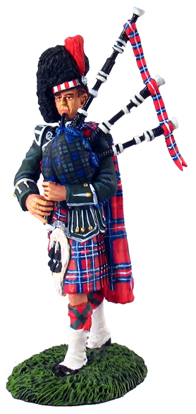 10009 - Black Watch Pipes and Drums, Piper, Early 20 Century