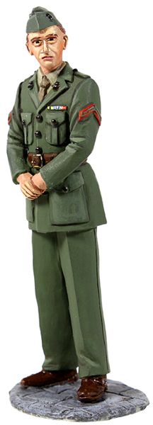 13003 - U.S. Marine in Green Winter Service Dress, WWII