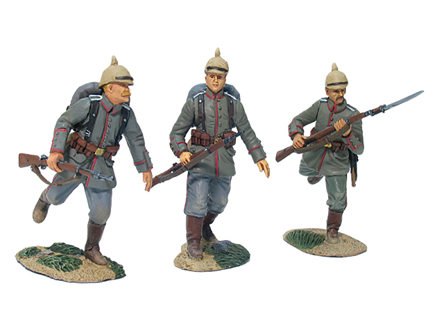 17649 - German 84th Infanterie Regiment von Manstein Advancing Set No.1