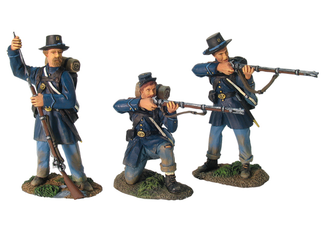 17743 - Valley Series, Union Infantry in Frock Coats Firing Line Set No.3