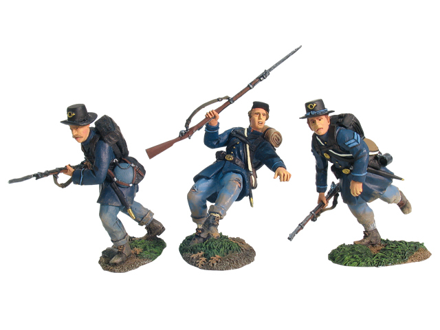 17833 - Valley Series - Union Infantry in Frock Coats Charging Set No.2