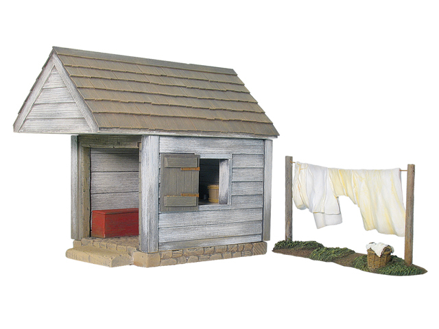 17868 - Wash House with Clothesline