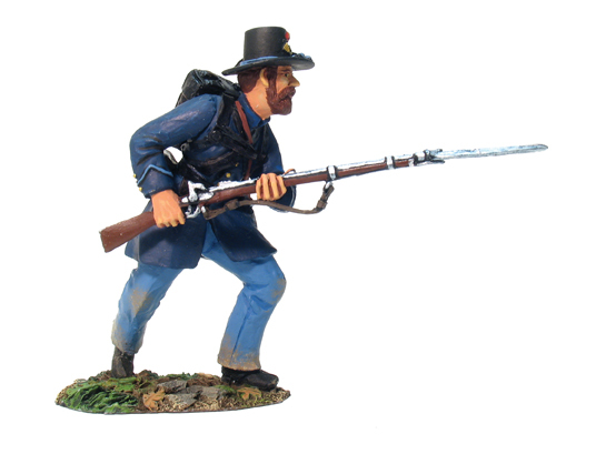 31002 - Union Infantry Iron Brigade Advancing No.1