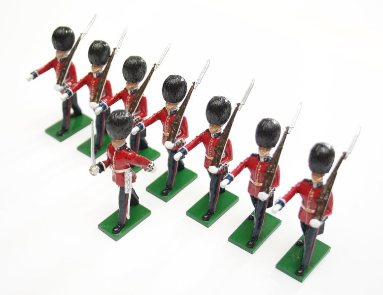 Scots Guards, 1 Officer, 7 marching - BTSC-SET1