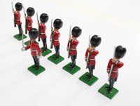 More about the 'Scots Guards, 1 Officer, 7 Guardsmen rifles at present - BTSC-SET3' product